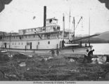 Sternwheeler Yukon picking up ice