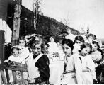 School picnic at Fox, 1912.