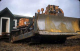 Caterpillar tractor/bulldozer