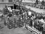 crowds at 4th of July parade, 1949