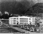 New public school, Juneau, Alaska, built of concrete, 1917.