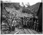 Group photograph at Jualin mine adit, 1914.