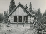 Construction of the Brooks Lake Cabin by Fish and Wildlife Service employees, 1942.